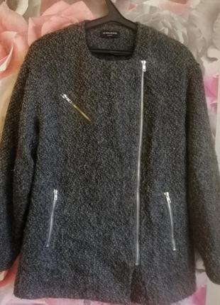 Женское серое шерстяное пальто