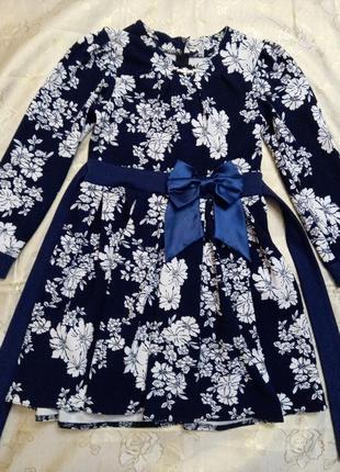 Платье красивое для девочки