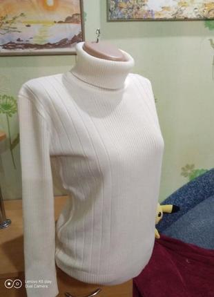 Шикарный лёгкий свитер, гольф- молочный цвет-m-идеал