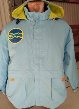 Champion демисезонная куртка с капюшоном на рост 160 см