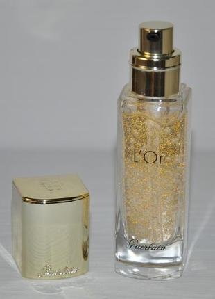 Основа под макияж с частицами золота guerlain l`or radiance concentrate with pure gold