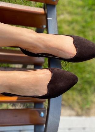 Балетки туфли с острым носком из натуральной замши