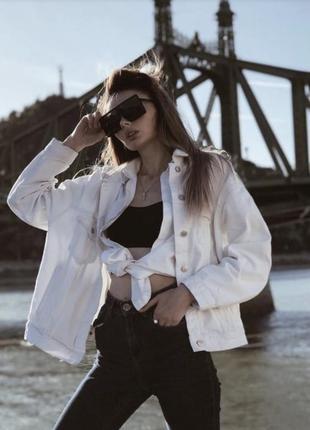 Белая джинсовка л джинсовая куртка
