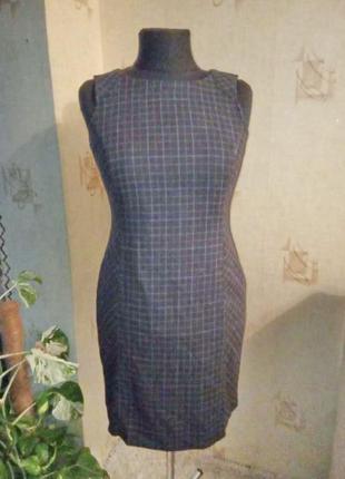 Натуральное теплое стройнящее моделирующее платье, карандаш, шерсть, офис, дресс код