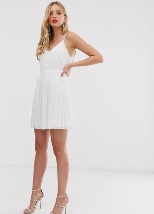 Платье белое с поясом плиссе плиссированное асос asos