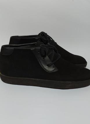 Clarks оригинал ботинки размер  42 43 осень весну