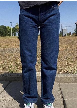 Плотные прямые джинсы levi's
