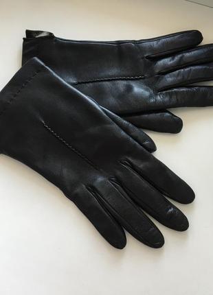 Женские кожаные итальянские перчатки с натуральным мехом на меху