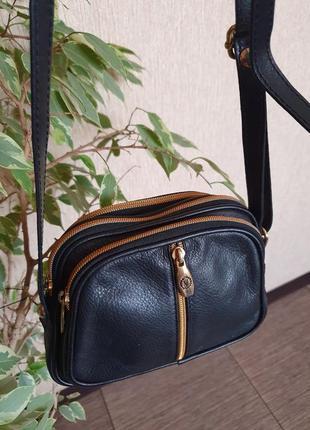 Качественная кожанная сумка valentina , италия