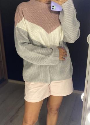 Комбинированный свитер tu с горловиной и широкими рукавами