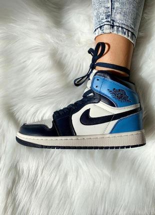 Топовые женские кроссовки джордан синие с белым 😍 nike air jordan 1 retro blue 💙