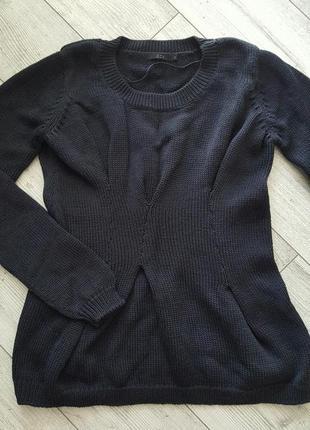 Теплый свитер из натуральной шерсти cos