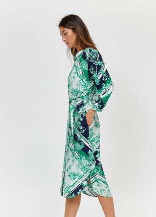 Плаття-сорочка міді з принтом, поясом і кишенями
