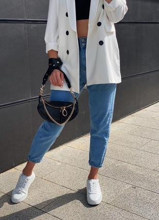 Светлые женские джинсы mom`s