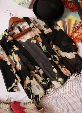 Легкая накилка кимоно в цветочный принт с бахромой