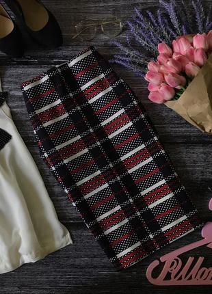 Яркая юбка-карандаш из неопрена в контрастный геометрический принт    ki1929