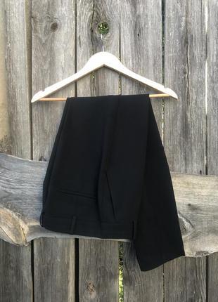 Легкие повседневные брюки от mango