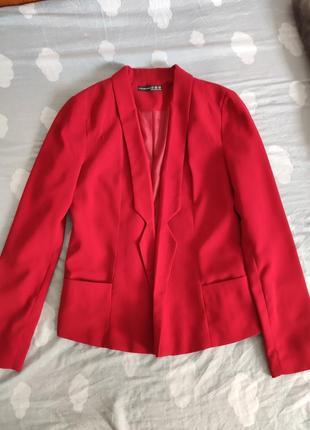 Пиджак красно-бордовый от atmosphere