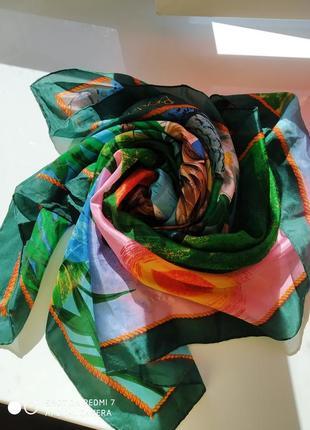 Дизайнерский шелковый платок beyeler