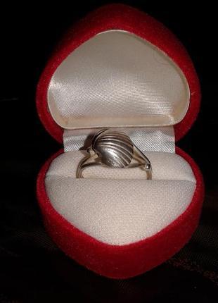 Серебряное кольцо ракушка