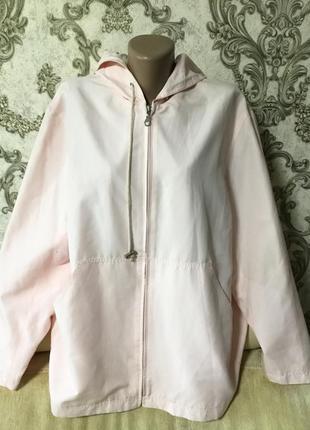 Красивая фирменная куртка. ветровка размер 52 54