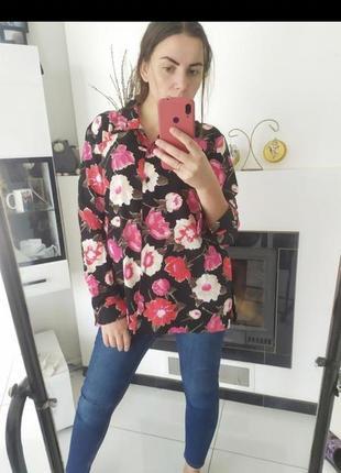Яркая цветочная блуза блузка