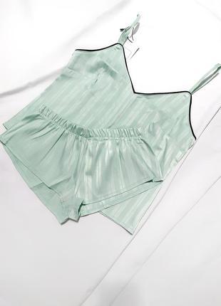 Мятная пижама майка и шортики шорты піжама атласная