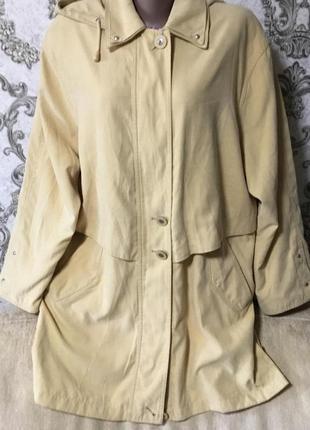 Шикарная фирменная куртка размер 48-50