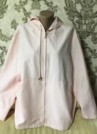 Красивая фирменная куртка. ветровка размер 50 50 52 54