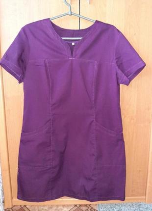 Медицинское платье
