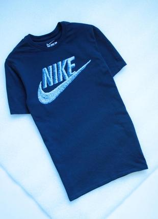 Nike футболка мужская с большим логотипом