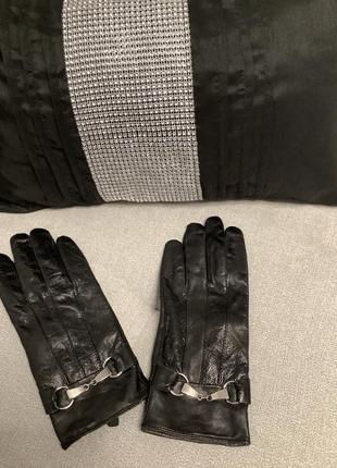 Кожаные перчатки размер м