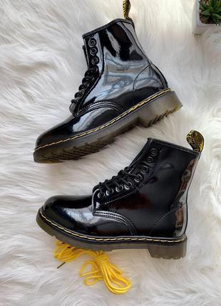 Лакированные ботинки dr. martens 1460 lacquer черный цвет термо (36-40)💜