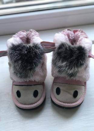 Зимові сапожки на дівчинку