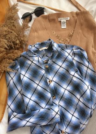 Очень красивая хлопковая рубашка в клетку с пуговицами