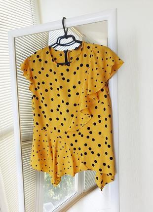 Желтая ассиметричная блуза в горох topshop