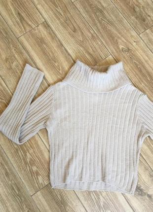 Трикотажный пудровый свитшот свитер укороченный, ворот хомут
