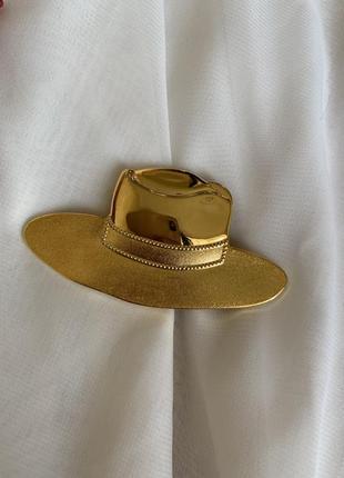 Брошь в виде шляпы (американский винтаж)