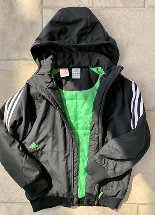 Демисезонная курточка adidas индонезия, для парня 8-10 лет.