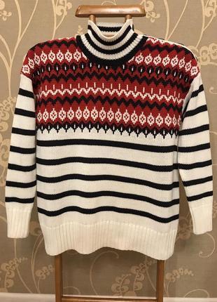 Нереальной красоты брендовый тёплый вязаный свитер.