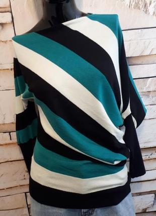 Джемпер свитер в полоску ассиметричного кроя
