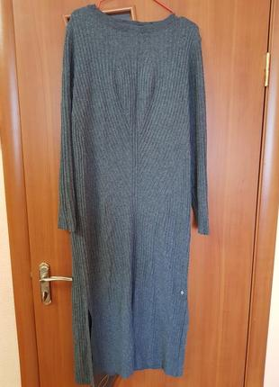 Вязанное платье миди
