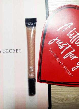 Блеск для губ lip silk sheer gloss by victoria's secret