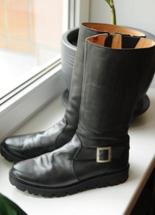 Шкіряні чоботи esprit