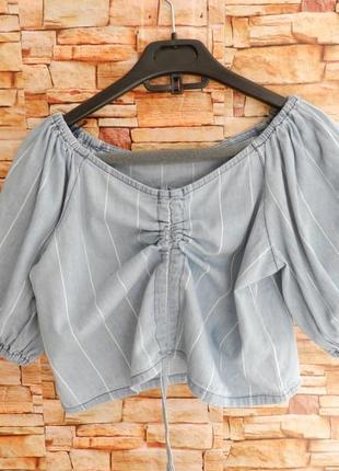 Топ из летнего джинса с пышными рукавами