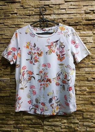Красивая натуральная футболка от mark's & spenser