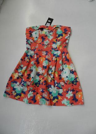 Красивое платье бюстье  на косточках