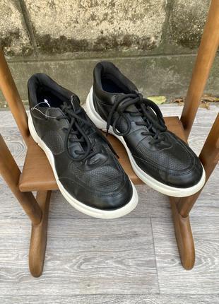 Кроссовки чёрные new look 41 кож зам 26 см