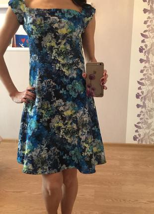 Платье от miss selfridge. s