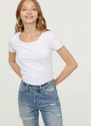 H&m. товар куплен в англии. белая футболка.